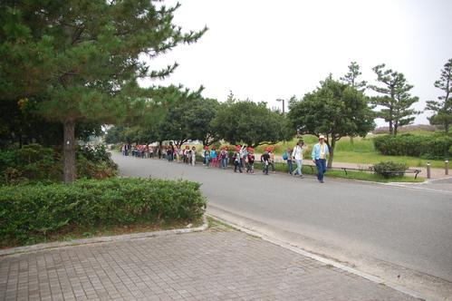 鳴滝小学校2年生40名遠足サポート in うみべの森_c0108460_17481186.jpg