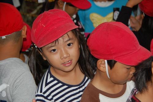 鳴滝小学校2年生40名遠足サポート in うみべの森_c0108460_1756406.jpg