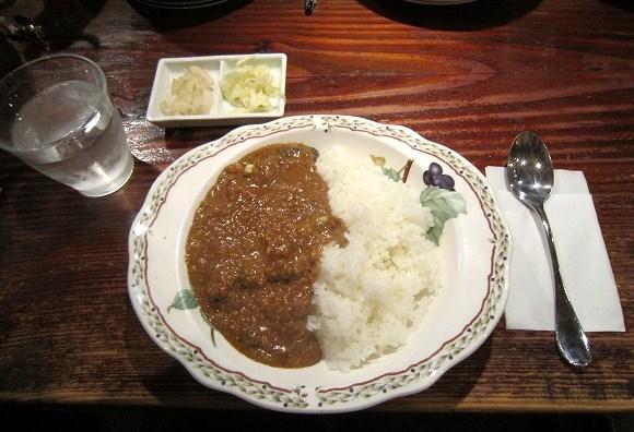 YOTTERIA GAKU(ヨッテリア ガク) / とろける豚煮込みカレー_e0209787_130746.jpg