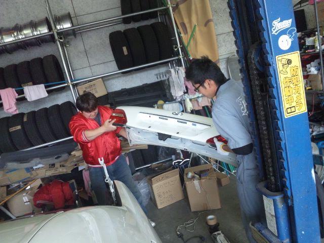 ランクル TOMMY札幌店 10月14日 今日の納車準備☆_b0127002_2162671.jpg