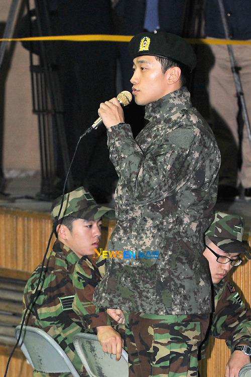 """歌手\""""ピ\""""の5師団‥\""""鍵部隊\""""として部隊配備完了!_c0047605_16514339.jpg"""