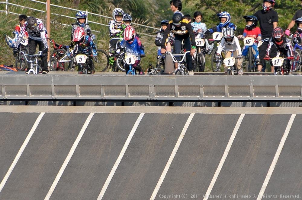 10月10日CSC BMX愛好会/チャッキーカップVOL4:チャッキーカップ第4戦予選第3ヒート~決勝_b0065730_20284450.jpg