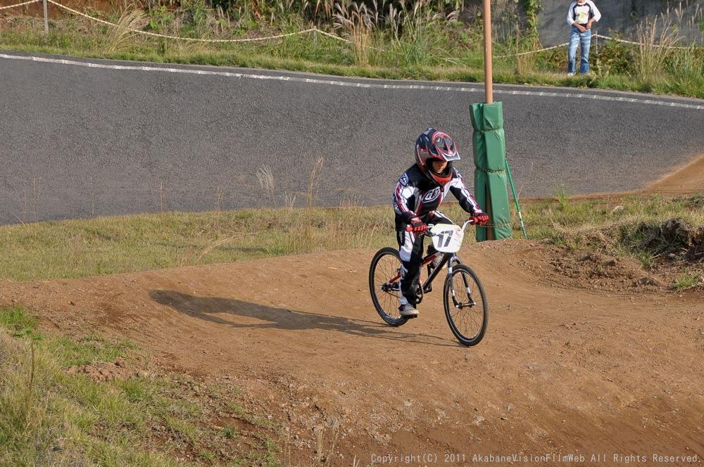 10月10日CSC BMX愛好会/チャッキーカップVOL4:チャッキーカップ第4戦予選第3ヒート~決勝_b0065730_20341960.jpg