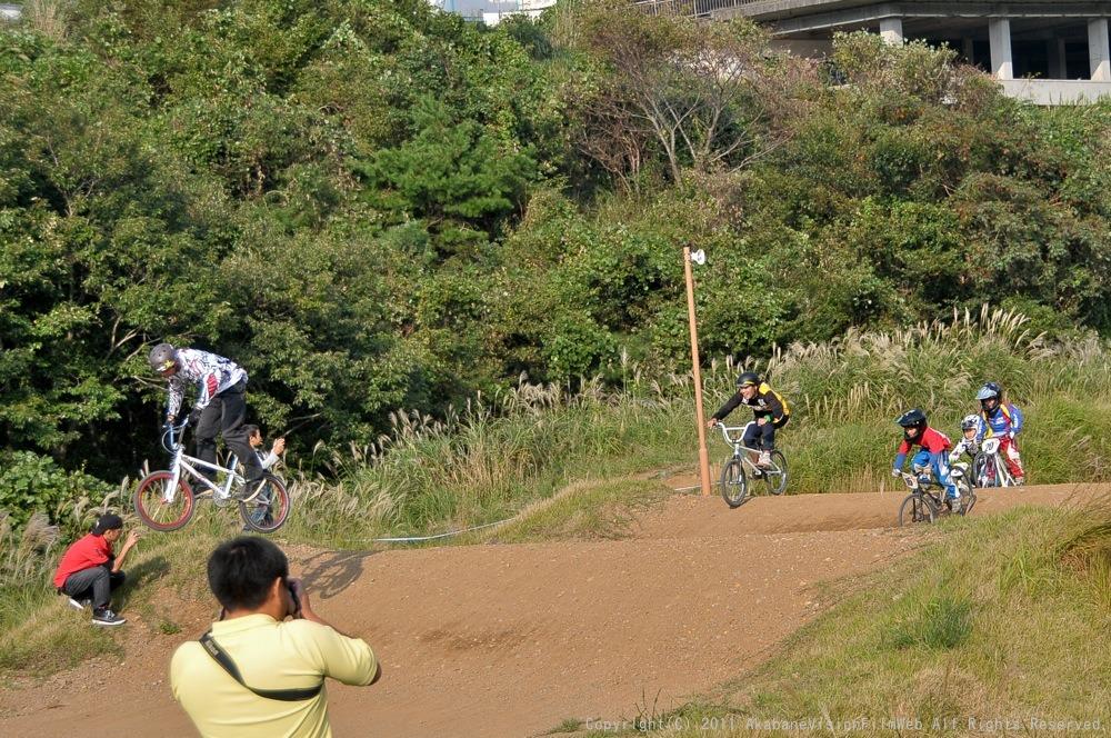 10月10日CSC BMX愛好会/チャッキーカップVOL4:チャッキーカップ第4戦予選第3ヒート~決勝_b0065730_20373351.jpg