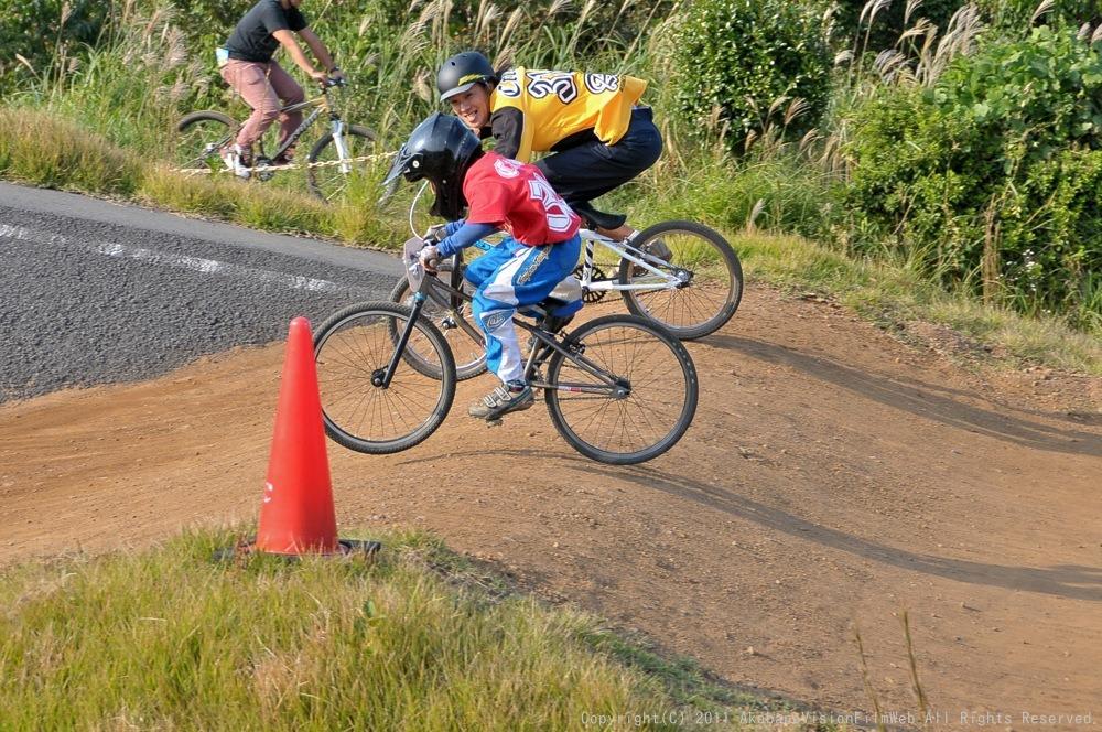 10月10日CSC BMX愛好会/チャッキーカップVOL4:チャッキーカップ第4戦予選第3ヒート~決勝_b0065730_2038860.jpg