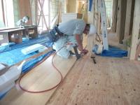 床貼り工事_e0180332_12422836.jpg