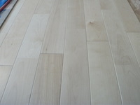 床貼り工事_e0180332_12425718.jpg