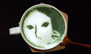 ちょっと休憩…おいしい抹茶カプチーノ~よーじやカフェ_d0082356_2121178.jpg