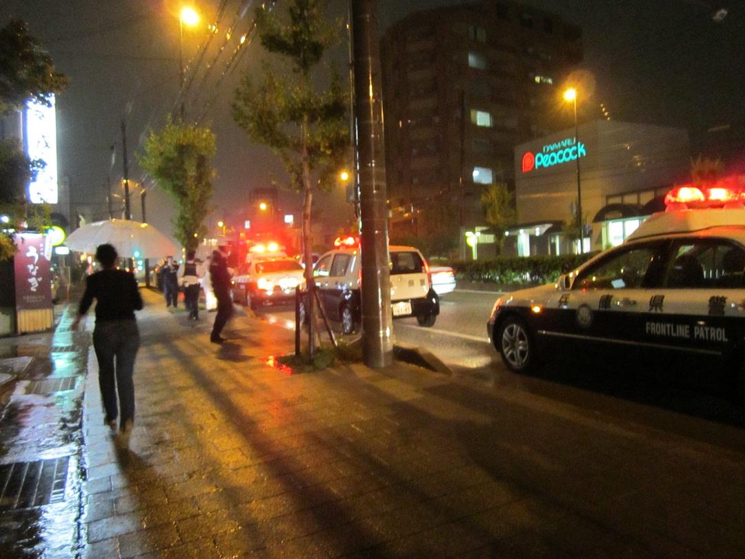雨の中の事件_f0205367_19335947.jpg