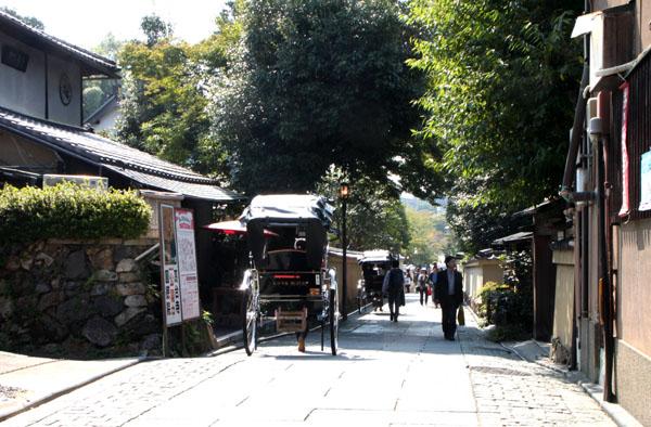 ねねの道を歩く_e0048413_17291161.jpg