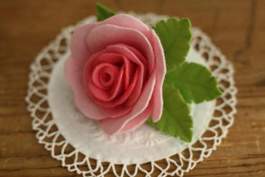 簡単】フェルト バラ 作り方 ... : 花 型紙 無料 : 無料