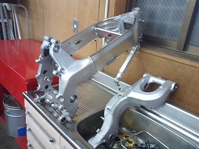 MC28車体整備!!_e0114857_2323213.jpg