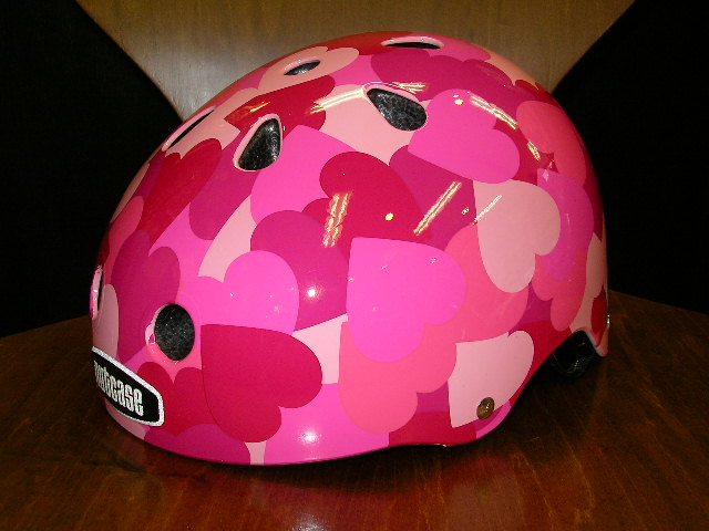 TETE&nutcaseヘルメット入荷!_b0189682_11403399.jpg