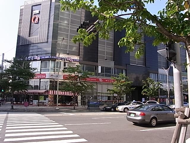東莱サムゲタン 釜山 レストラン 参鶏湯_e0141982_1962619.jpg