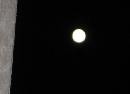 月の光_f0061394_9201352.jpg
