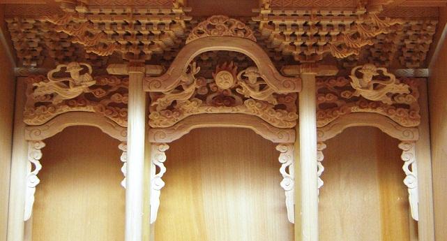 金沢仏壇の制作 その4 箔彫り師 2011.10.14  _c0213599_1265873.jpg