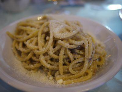 チヴィタでのランチ 2011年イタリア旅行記13_f0134268_17144079.jpg
