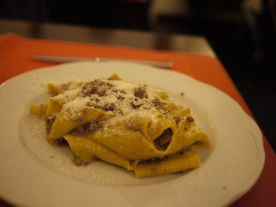 観光そして昼食 2011年イタリア旅行記10_f0134268_955449.jpg