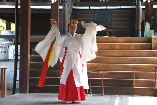 新日吉神宮(いまひえじんぐう)大祭 秋まつり6_e0048413_21263634.jpg