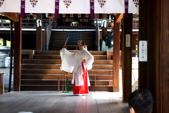 新日吉神宮(いまひえじんぐう)大祭 秋まつり6_e0048413_2127341.jpg