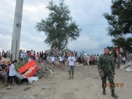 タイの洪水の現状_b0100062_78202.jpg