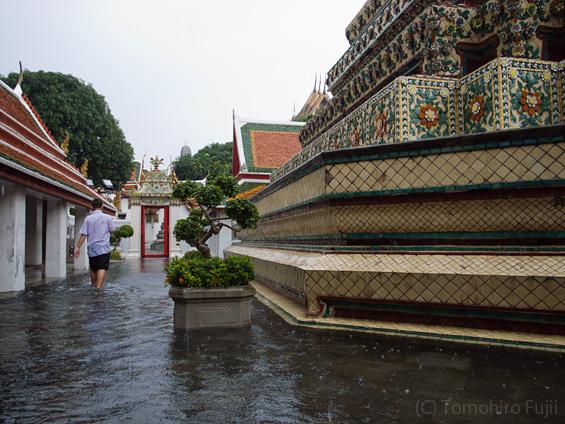 タイの洪水_c0030685_19123291.jpg