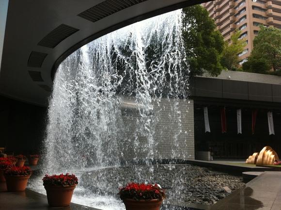 東日本大震災の申告期限延長告示12月15日まで、そしてアークヒルズランチ_d0054704_054597.jpg
