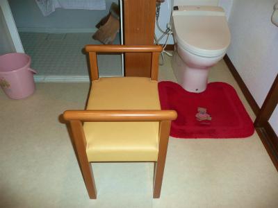 両方から使える椅子_c0087349_572495.jpg