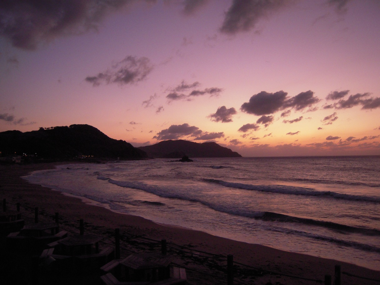 今日の日没サーフイン二見。_d0076864_18561764.jpg