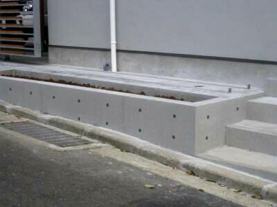 ブロック塀もコンクリートに大変身:コンクリート若返り工法の魅力_e0010418_16241360.jpg