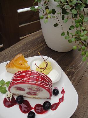 明日のケーキ_e0170128_13411416.jpg