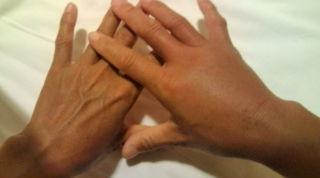 イラモに手をつっこむと、こうなります(T_T)_b0124144_5332692.jpg
