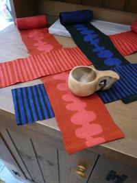 テーブルのマフラー_a0017350_1152711.jpg