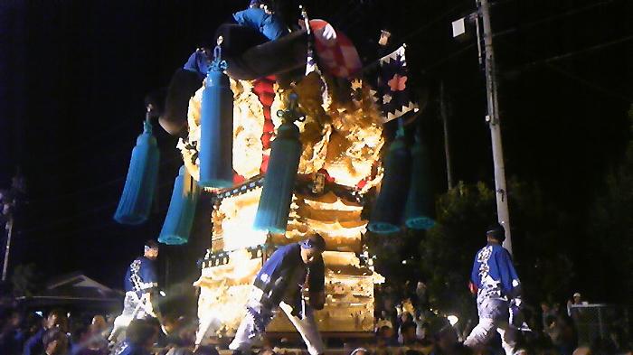 愛媛県新居浜市に続く伝統の「男祭り」 「日本一の喧嘩祭り」_c0186691_16121759.jpg