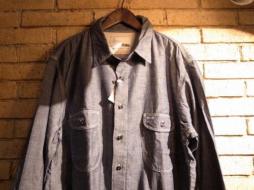 定番シャンブレーシャツ_a0222424_23395316.jpg