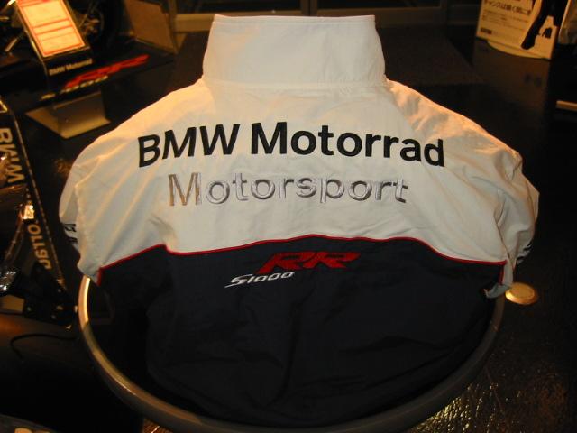 当店人気のジャケットを紹介します。_e0254365_1933734.jpg