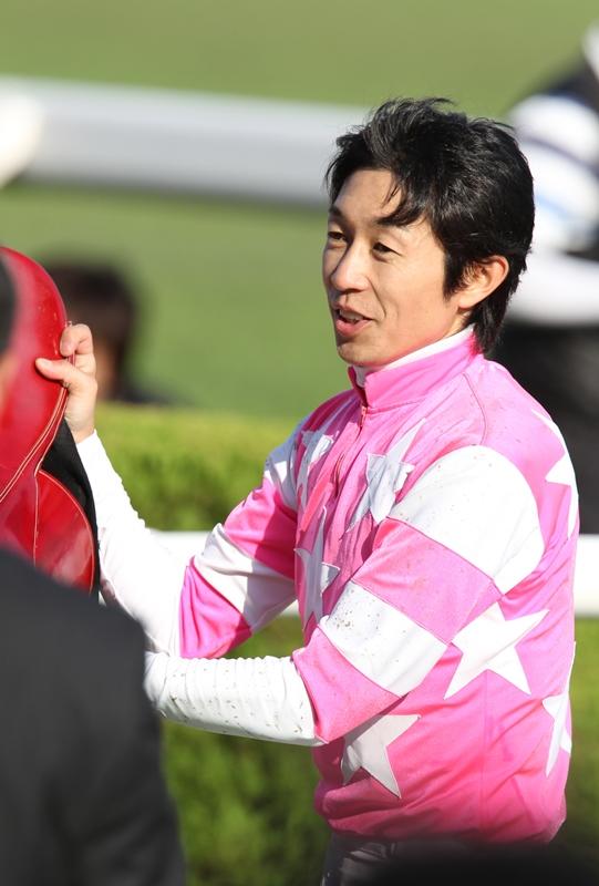 2011年10月15・16日 デイリー杯2歳S・秋華賞 その2_f0204898_732370.jpg