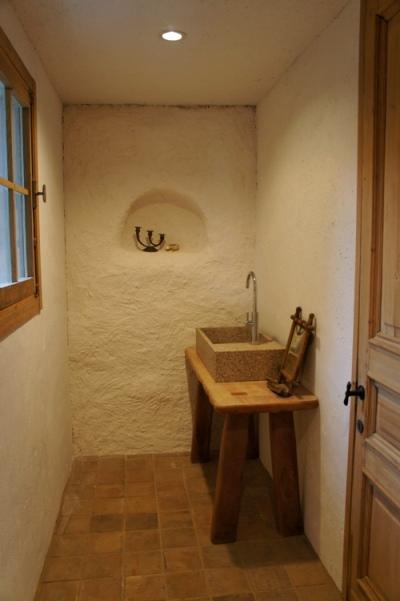 トイレ完成。_e0214436_21553954.jpg