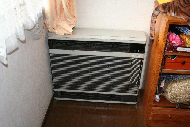 ガス式2室マルチエアコンを2組入替 その1(東京都西東京市)_e0207151_17372082.jpg