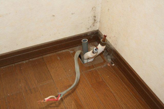 ガス式2室マルチエアコンを2組入替 その1(東京都西東京市)_e0207151_17404742.jpg