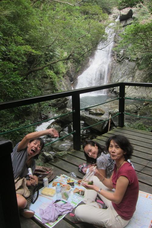 river fall  hiking._c0153966_20413994.jpg
