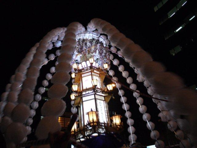 始めて見ました、鬼子母神・御会式大祭_b0175688_17411345.jpg