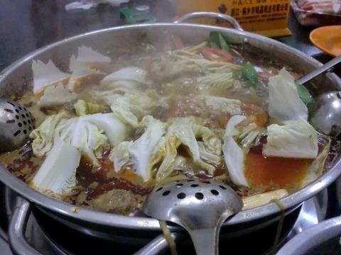 山城火鍋(四川料理) 中国_b0176192_21242737.jpg