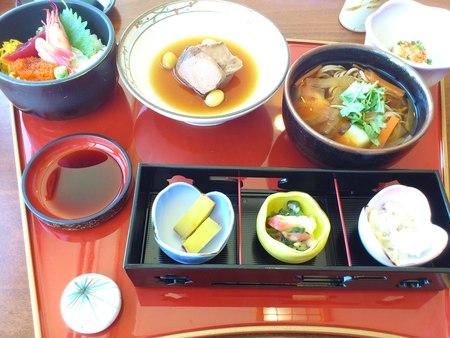 函館国際ホテルのランチ_b0106766_0173076.jpg