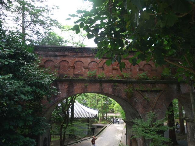 京都の風景 南禅寺の水路閣_f0024992_9532038.jpg
