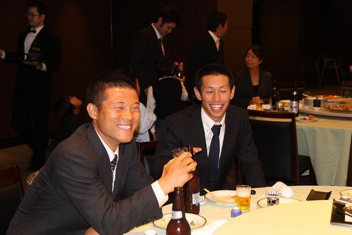 坂本コーチ&けいちゃん 祝結婚食事会_b0105369_0551545.jpg