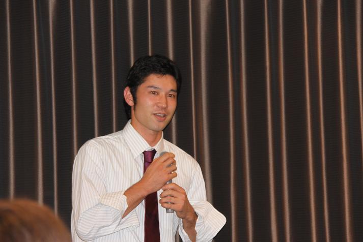 坂本コーチ&けいちゃん 祝結婚食事会_b0105369_1174087.jpg