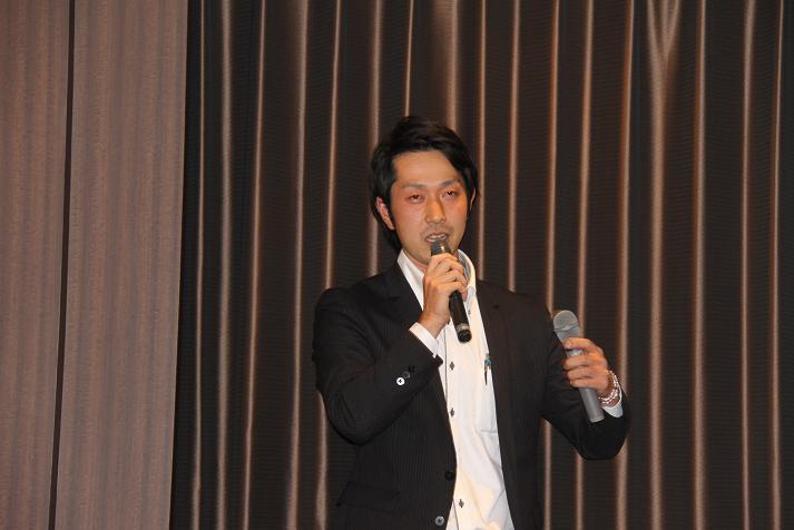 坂本コーチ&けいちゃん 祝結婚食事会_b0105369_123597.jpg