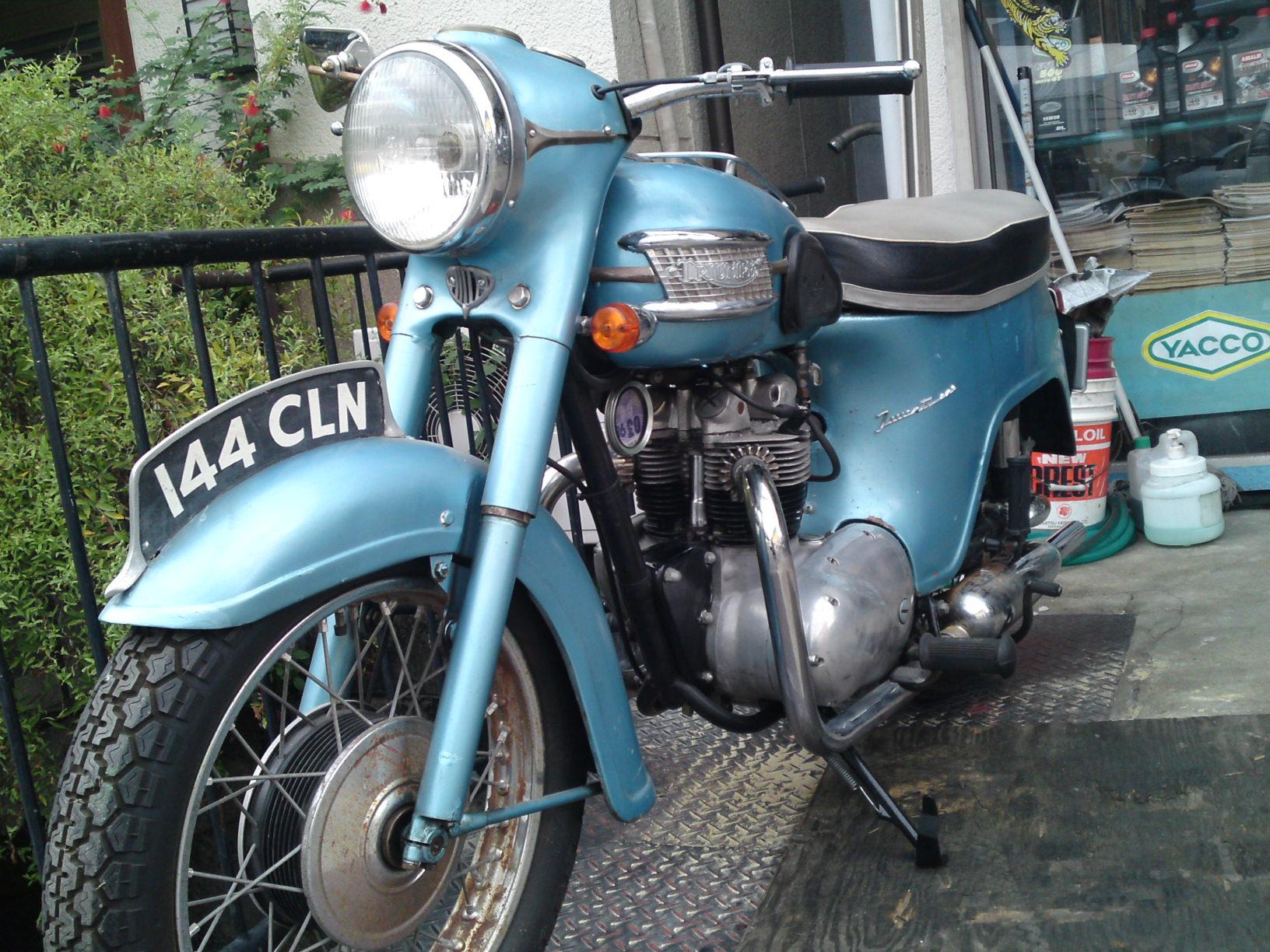 1961 Triumph 3TA_b0153544_1332138.jpg
