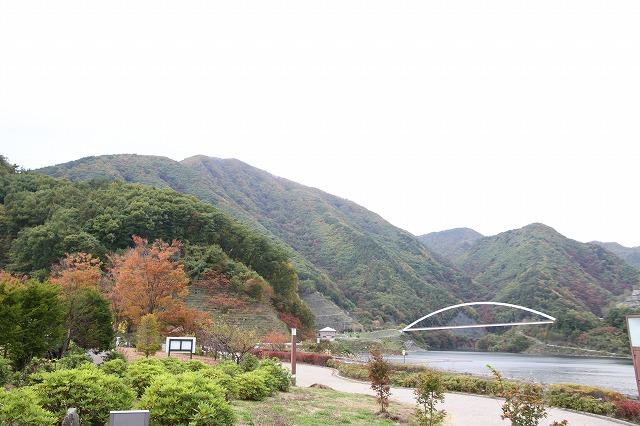 増富通仙峡の紅葉とみずがき湖の今・・・_b0100253_16401794.jpg
